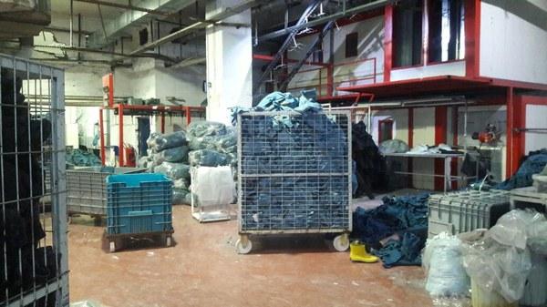 Turkse kledingfabriek waar Syrische vluchtelingen werken