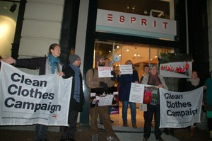 'Esprit, Esprit, the workers want their money!'