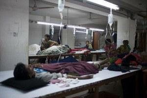 Gewelddadig optreden tegen onbetaalde kledingarbeiders Bangladesh