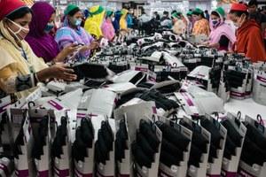 Wederom groot risico op nieuwe dodelijke branden in Bangladesh, zes jaar na de dodelijke brand in de Tazreen kledingfabriek.